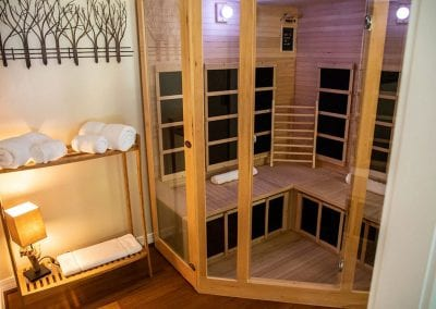 Private infrared sauna in Suite