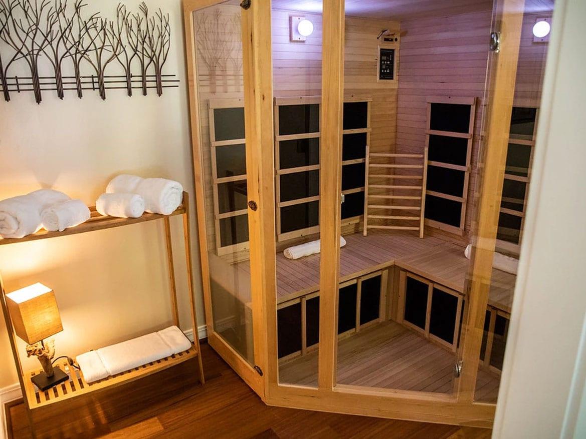 Private infrared sauna in Suite