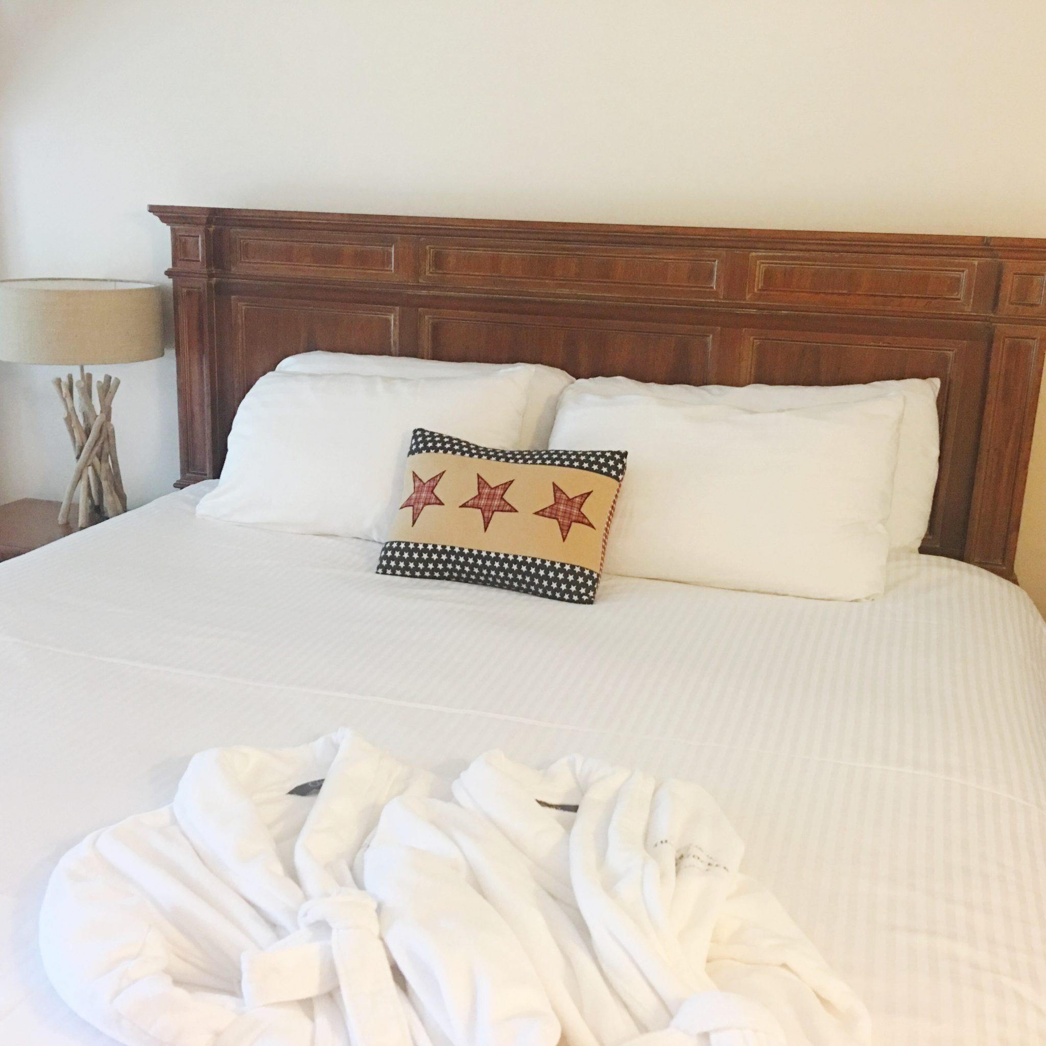 Bed of Mount Mansfield Junior Suite